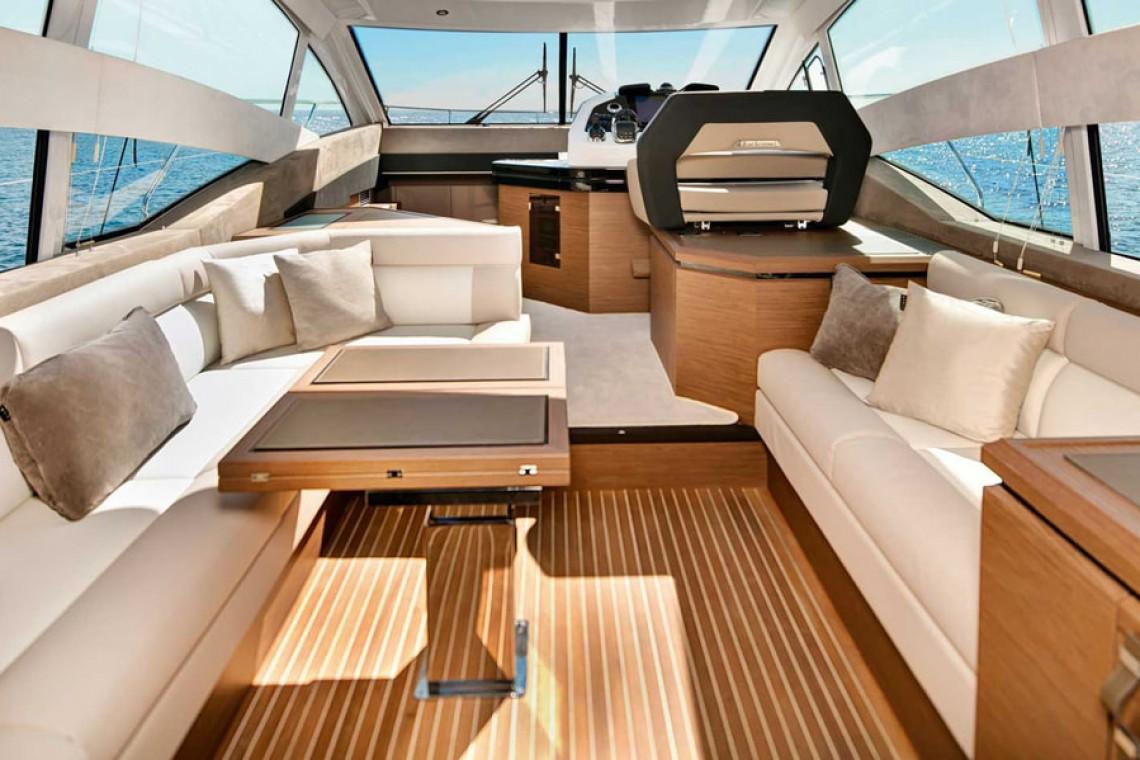 gt50-interior-yacht-interior_1_orig