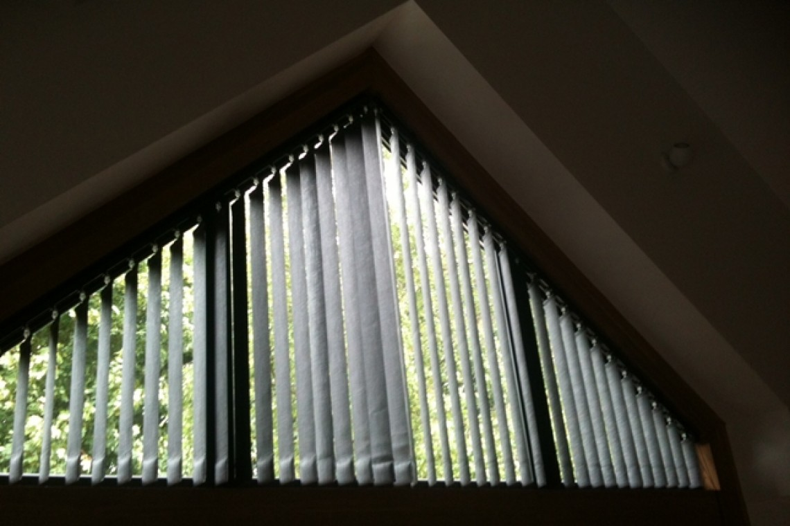 Vertical blind - Trapezium (1)